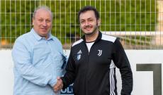 Il presidente Leonardo Fortunato e Davide Catalano, nuovo Responsabile del Settore Femminile del Pineolo (foto Pinerolo Calcio Official)