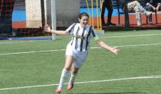 Marta Iannacone in gol nel derby (fofo Gasparini)