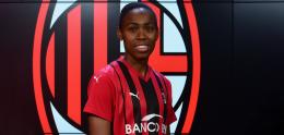Il Milan annuncia altri tre innesti: ufficiale l'arrivo di Lindsey Thomas dalla Roma, con lei anche Nina Stapelfeldt