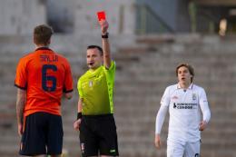 Pistoiese-Pro Vercelli Serie C: l'Olandesina resta subito in 10, Gatto dà la zampata vincente