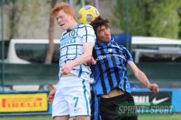 Inter-Atalanta Under 18: Jurgens e Fabbian inarrestabili, Chivu batte Lorenzi e accorcia sulla Dea
