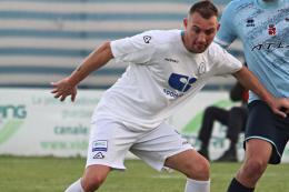 Casale-Folgore Caratese Serie D: D'Antoni, gol dell'ex allo scadere, punisce i nerostellati, i brianzoli inseguono i Play Off