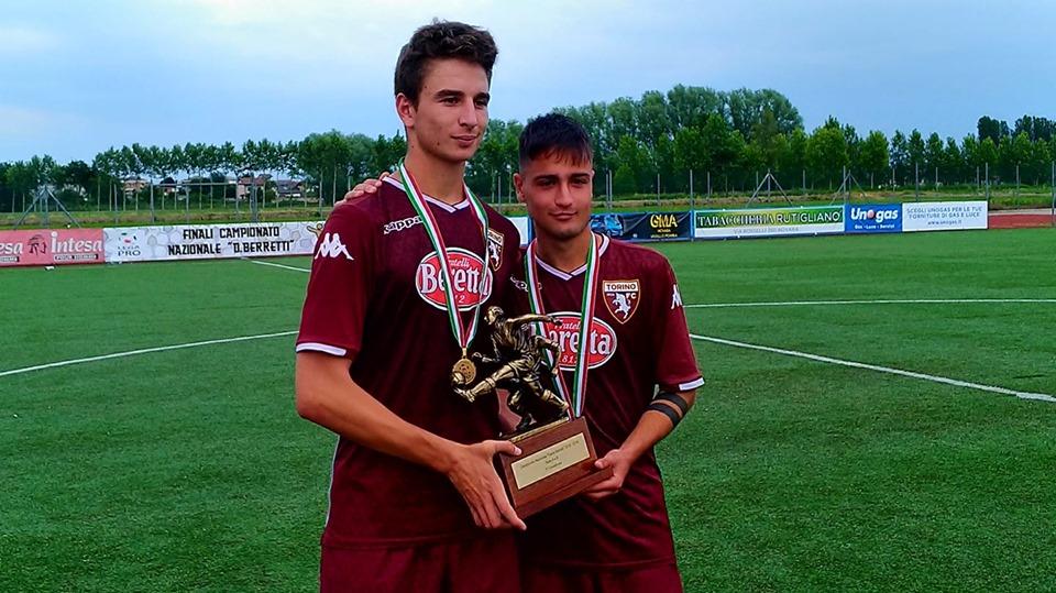 I due marcatori, capitan Leggero e Moreo, alzano l'ambito trofeo
