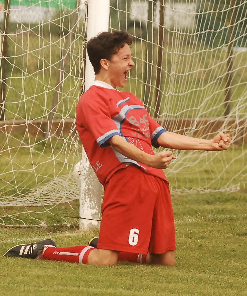 L'esultanza di Mulassano in occasione del gol dell'1-0