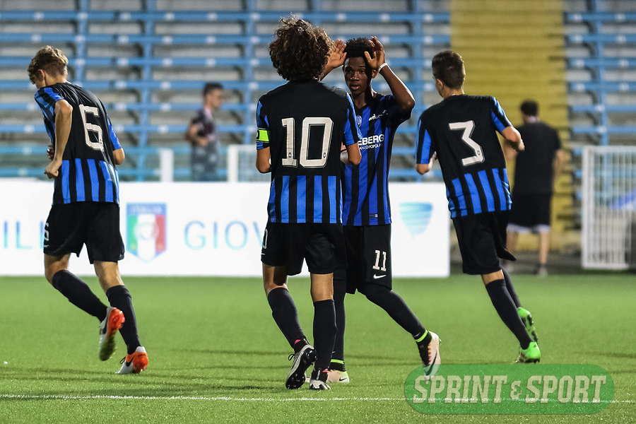 Atalanta-Roma, finale Scudetto Giovanissimi 2016: l'esultanza con Cortinovis